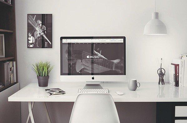 iMac-5k-Retina-Office-Mockup-with-items